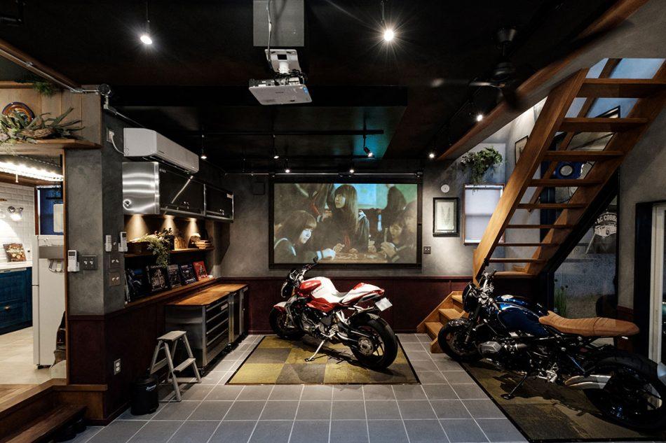 自慢のバイクや車が主役になれる家の画像3