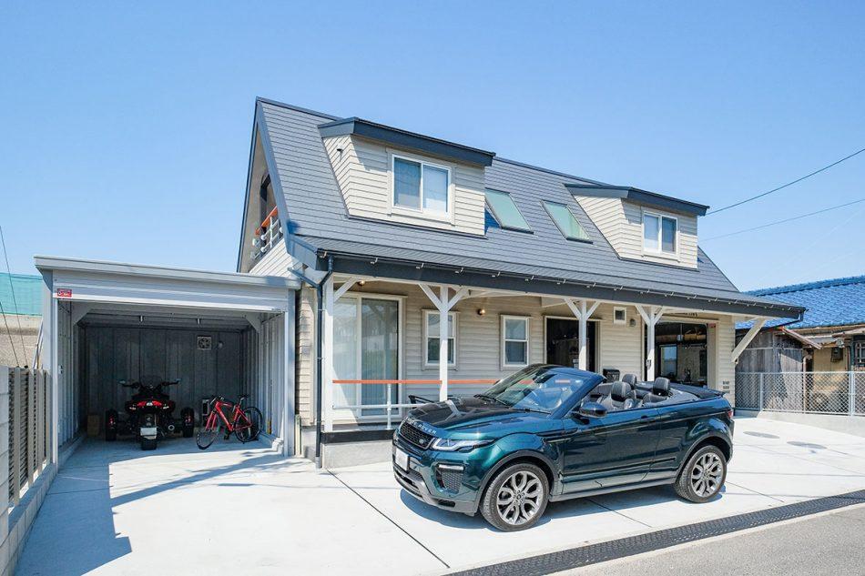 自慢のバイクや車が主役になれる家の画像1